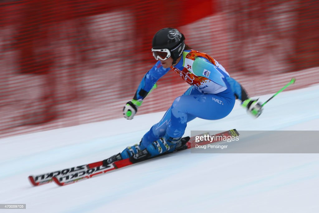 Tina Maze of Slovenia makes a run during the Alpine Skiing Women's Giant Slalom on day 11 of the Sochi 2014 Winter Olympics at Rosa Khutor Alpine Center on February 18, 2014 in Sochi, Russia.
