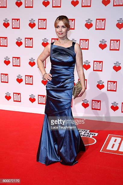 Tina Ruland arrives for the Ein Herz Fuer Kinder Gala 2015 at Tempelhof Airport on December 5 2015 in Berlin Germany