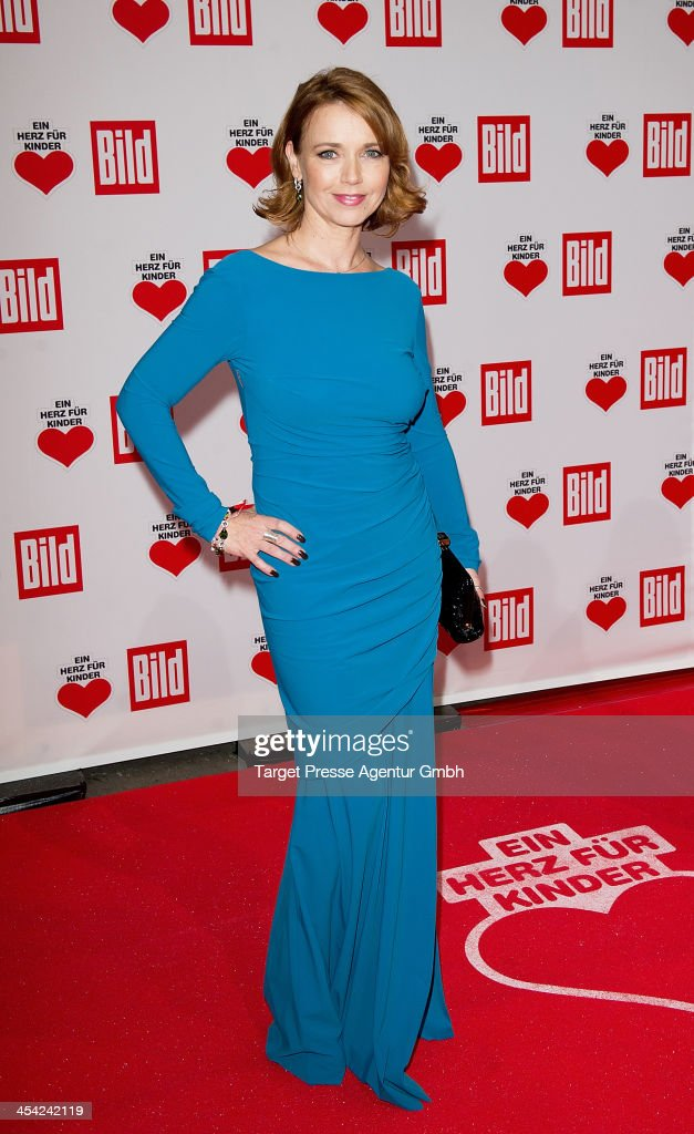 Tina Ruland attends the 'Ein Herz Fuer Kinder Gala 2013' at Flughafen Tempelhof on December 7, 2013 in Berlin, Germany.