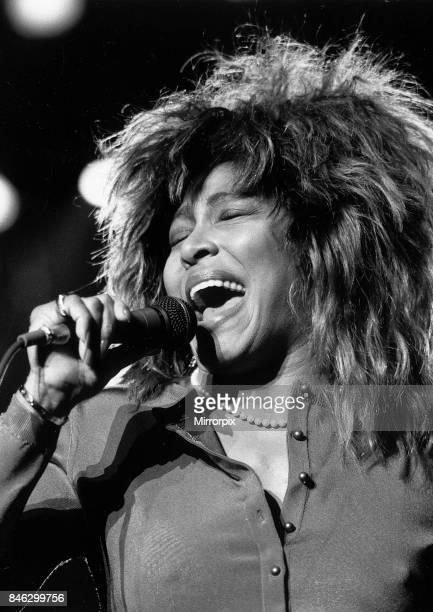 Tina Turner singer in concert 1987