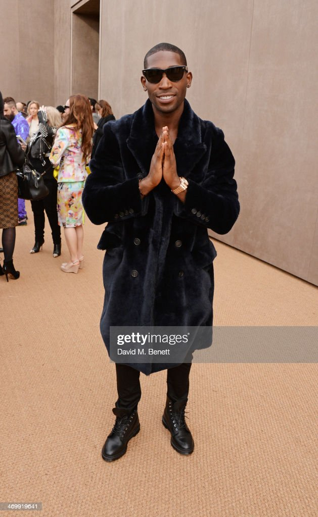 <a gi-track='captionPersonalityLinkClicked' href=/galleries/search?phrase=Tinie+Tempah&family=editorial&specificpeople=6742538 ng-click='$event.stopPropagation()'>Tinie Tempah</a> arrives at Burberry Womenswear Autumn/Winter 2014 at Kensington Gardens on February 17, 2014 in London, England.
