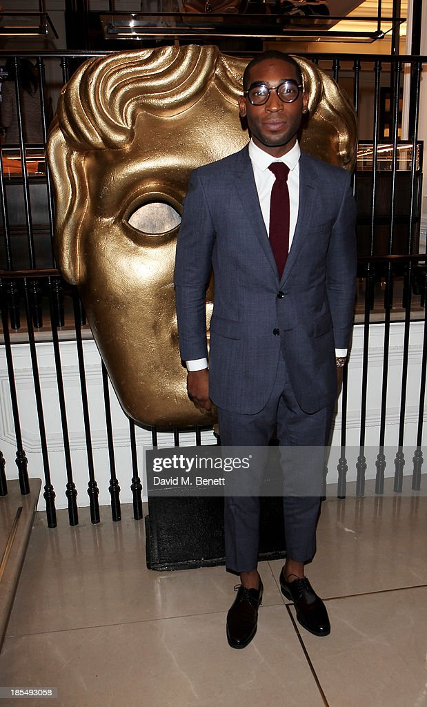 <a gi-track='captionPersonalityLinkClicked' href=/galleries/search?phrase=Tinie+Tempah&family=editorial&specificpeople=6742538 ng-click='$event.stopPropagation()'>Tinie Tempah</a> attends the BAFTA 'Breakthrough Brits' event at Burberry 121 Regent Street, London on October 21, 2013 in London, United Kingdom.