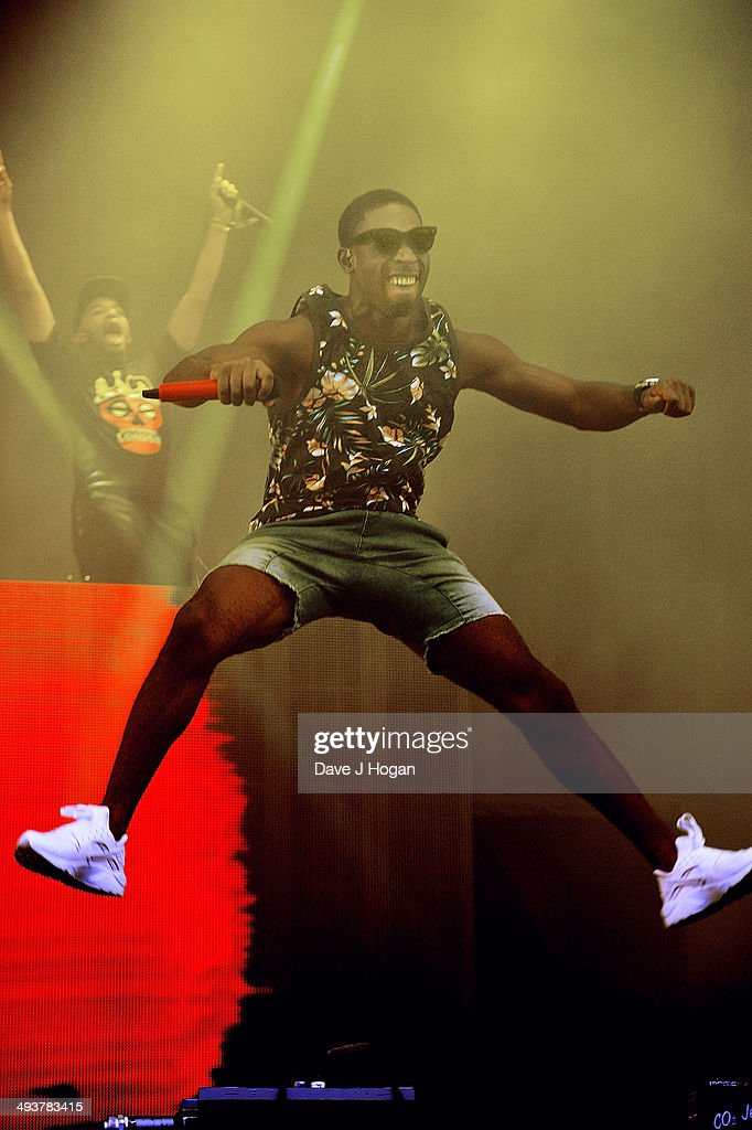 <a gi-track='captionPersonalityLinkClicked' href=/galleries/search?phrase=Tinie+Tempah&family=editorial&specificpeople=6742538 ng-click='$event.stopPropagation()'>Tinie Tempah</a> performs live at Radio 1's Big Weekend at Glasgow Green on May 25, 2014 in Glasgow, Scotland.