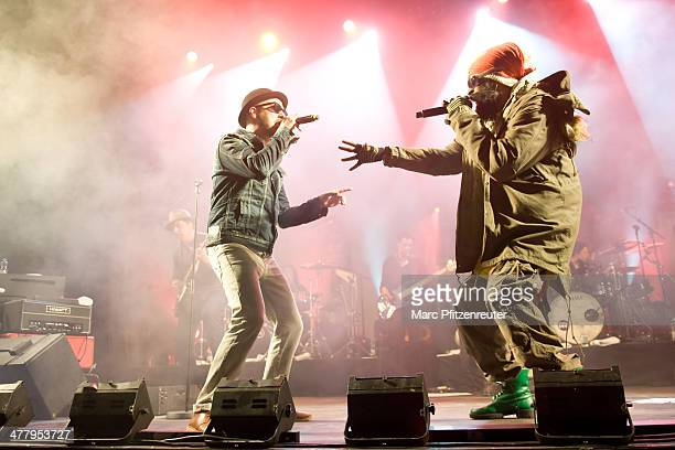 Tino Oac and Marlon B of German pop and soul band Soehne Mannheims perform during their 'Wer fuehlen will muss hoeren Tour' at the EWerk on March 11...