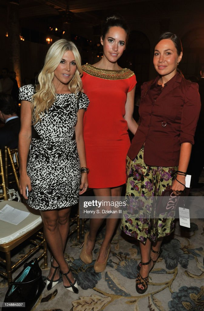 Tinsley Mortimer Louise Roe and Fabiola Beracasa attend the Marchesa Spring 2012 fashion show during MercedesBenz Fashion Week at The Plaza Hotel on...
