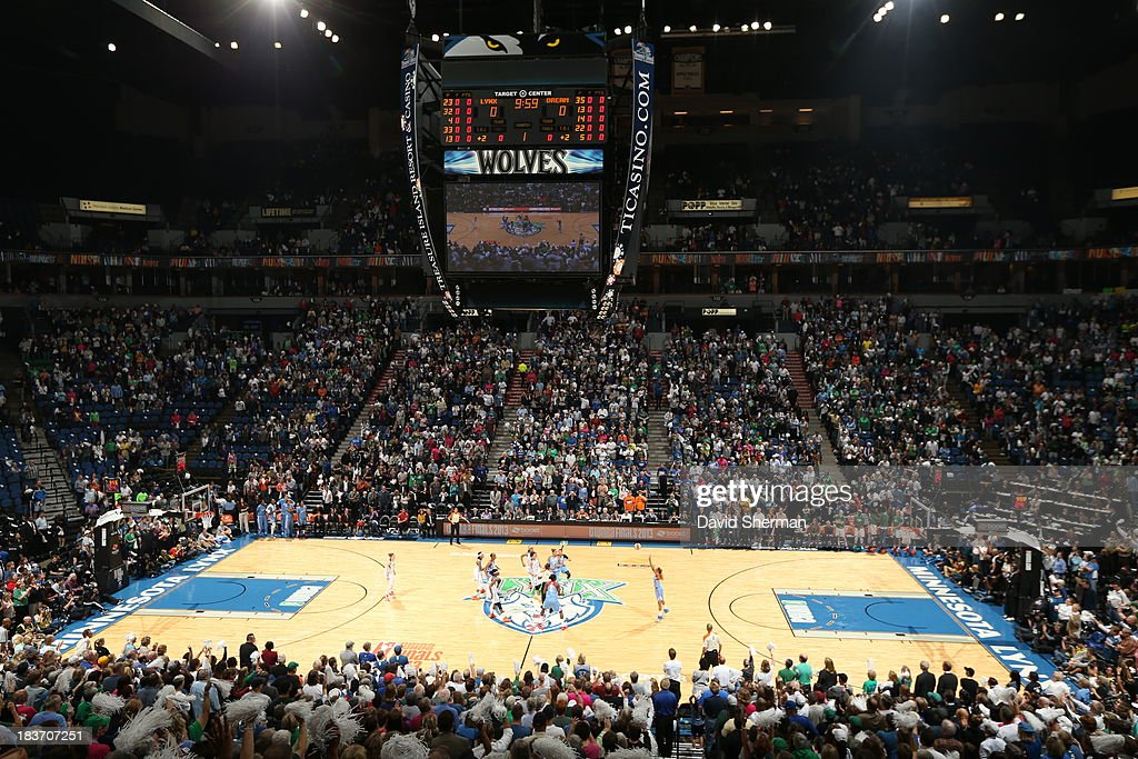 Tip off of Minnesota Lynx v.s. Atlanta Dream during Game 2 of the 2013 WNBA Finals on October 8, 2013 at Target Center in Minneapolis, Minnesota.