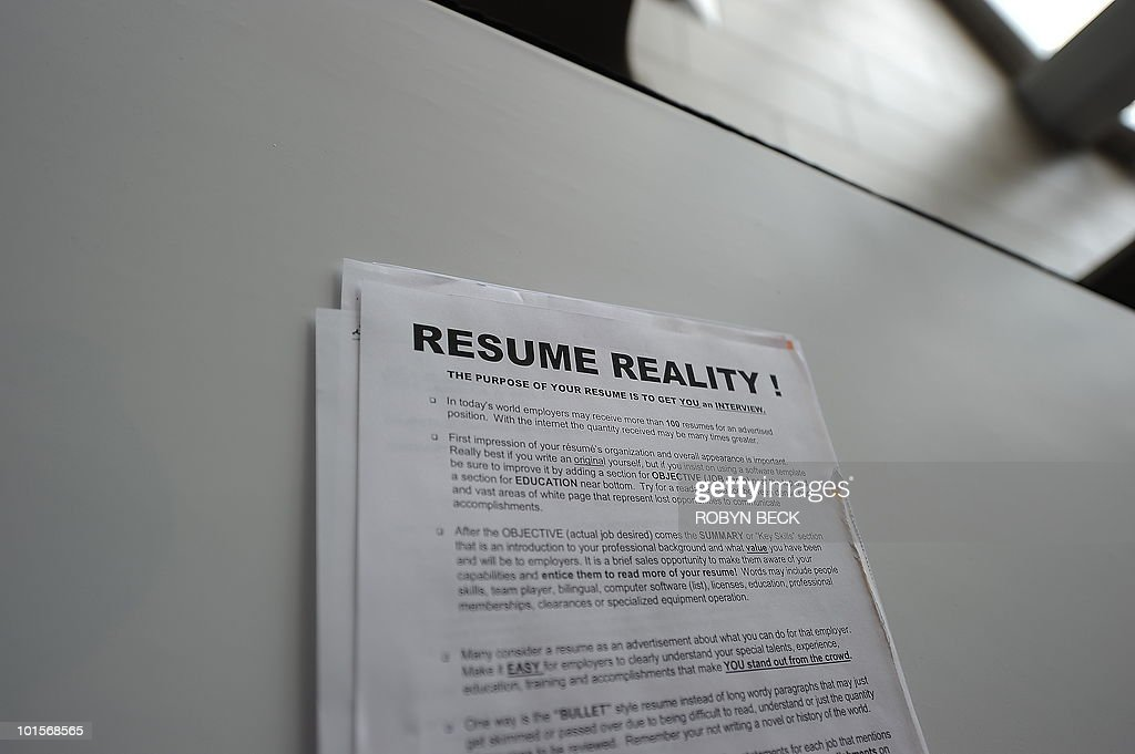 A tip sheet offered by resume counselors to job seekers to help them improve their resume or curriculum vitae, at the second annual Anaheim/Orange County Job Fair in Anaheim, California June 2, 2010. Friday, the Labor Department will release May employment data, and forecasters expect more than 500,000 new jobs; however, many are in the public sector reflecting stimulus spending. Manufacturing is expected to add approximately 30,000 new positions, but the unemployment rate is expected to ease only slightly, according to economist Peter Morici.