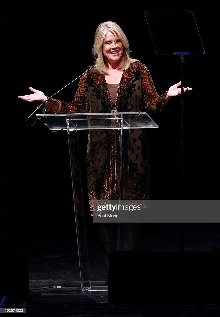 <a gi-track='captionPersonalityLinkClicked' href=/galleries/search?phrase=Tipper+Gore&family=editorial&specificpeople=204581 ng-click='$event.stopPropagation()'>Tipper Gore</a> makes a few remarks at the Thelonious Monk International Jazz Drums Competition and Gala Concert at The Kennedy Center on September 23, 2012 in Washington, DC.