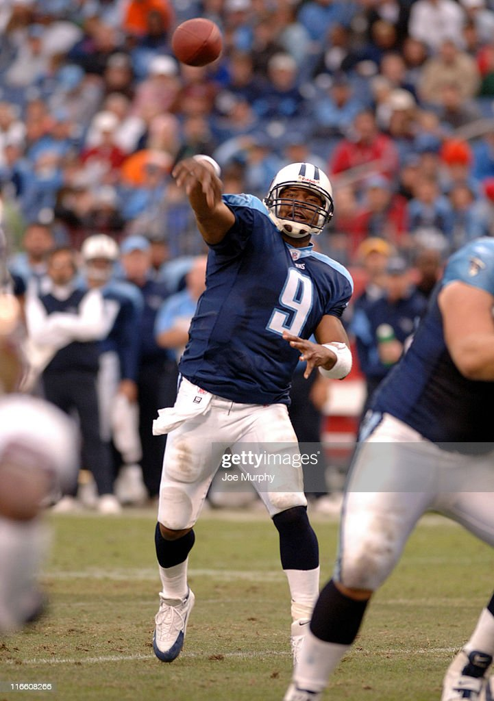 Titans Steve McNair throws during second half action of the game where the Tennessee Titans beat the San Francisco 49ers 3322 at The Coliseum in...