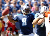 Titans Steve McNair throws under pressure The Cincinnati Bengals beat the Tennessee Titans 3123 on October 15 2005