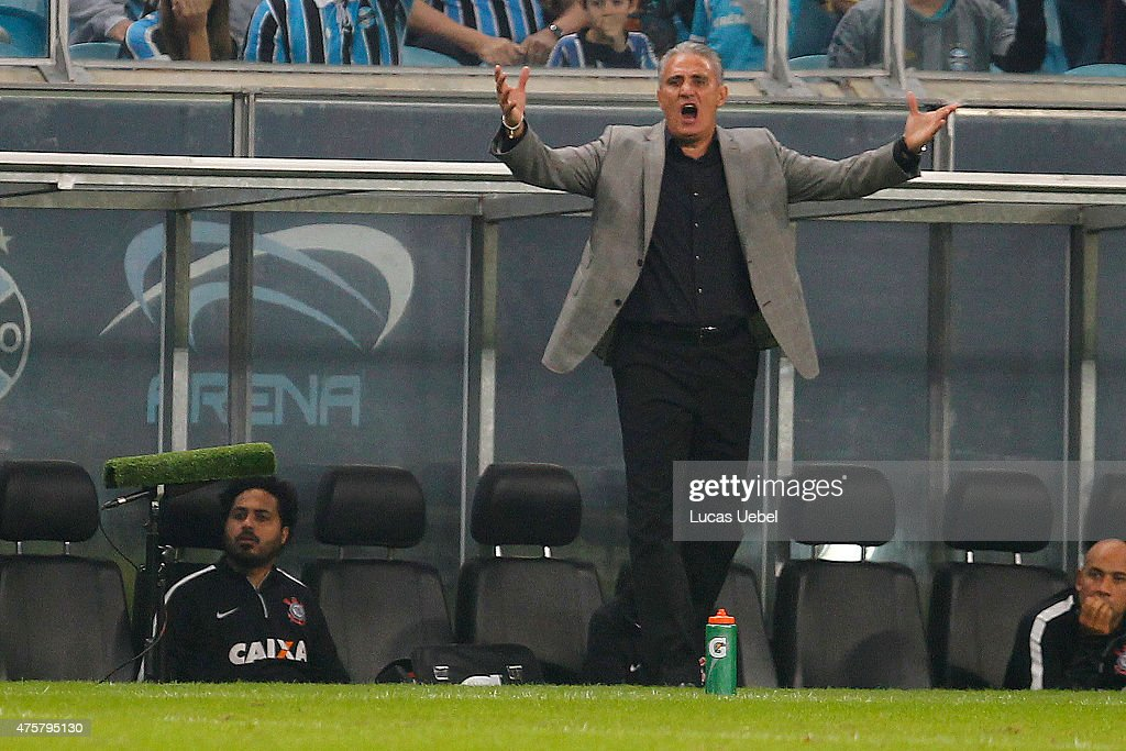 <a gi-track='captionPersonalityLinkClicked' href=/galleries/search?phrase=Tite+-+Brazilian+Soccer+Manager&family=editorial&specificpeople=10072994 ng-click='$event.stopPropagation()'>Tite</a> coach of Corinthians during the match Gremio v Corinthians as part of Brasileirao Series A 2015, at Arena do Gremio on June 03, 2015 in Porto Alegre, Brazil.