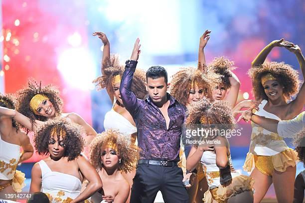 Tito el Bambino performs at the Premio Lo Nuestro a La Musica Latina at American Airlines Arena on February 16 2012 in Miami Florida
