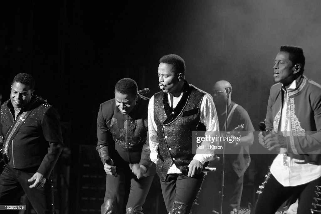 <a gi-track='captionPersonalityLinkClicked' href=/galleries/search?phrase=Tito+Jackson&family=editorial&specificpeople=216556 ng-click='$event.stopPropagation()'>Tito Jackson</a>, <a gi-track='captionPersonalityLinkClicked' href=/galleries/search?phrase=Jackie+Jackson&family=editorial&specificpeople=212794 ng-click='$event.stopPropagation()'>Jackie Jackson</a>, <a gi-track='captionPersonalityLinkClicked' href=/galleries/search?phrase=Marlon+Jackson+-+Musician&family=editorial&specificpeople=914632 ng-click='$event.stopPropagation()'>Marlon Jackson</a> and <a gi-track='captionPersonalityLinkClicked' href=/galleries/search?phrase=Jermaine+Jackson&family=editorial&specificpeople=204742 ng-click='$event.stopPropagation()'>Jermaine Jackson</a> of the Jacksons perform on stage in concert at Manchester Apollo on February 27, 2013 in Manchester, England.