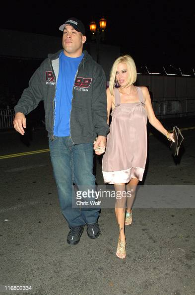 Tito ortiz and jenna jameson during celebrity sightings at tmobile