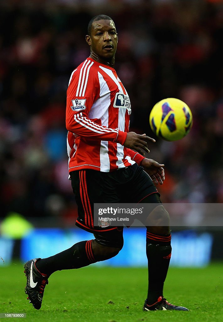 <a gi-track='captionPersonalityLinkClicked' href=/galleries/search?phrase=Titus+Bramble&family=editorial&specificpeople=217707 ng-click='$event.stopPropagation()'>Titus Bramble</a> of Sunderland in action during the Barclays Premier League match between Sunderland and Tottenham Hotspur at Stadium of Light on December 29, 2012 in Sunderland, England.