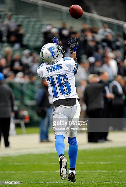 Titus Young of the Detroit Lions catches a pass during pregame warmups before the game against the Oakland Raiders at Oco Coliseum on December 18...