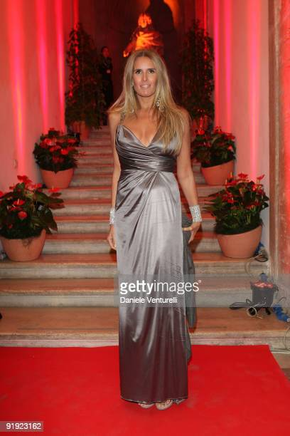 Tiziana Rocca attends the Opening Party of the 4th Rome International Film Festival held at the Villa Medici on October 15 2009 in Rome Italy