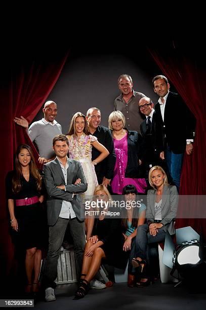 Tnt Star Presenters Photo de groupe des présentateurs 'stars' de la TNT avec Marjolaine BUI Juan MASSENYA Christophe BEAUGRAND Juliette LONGUET...