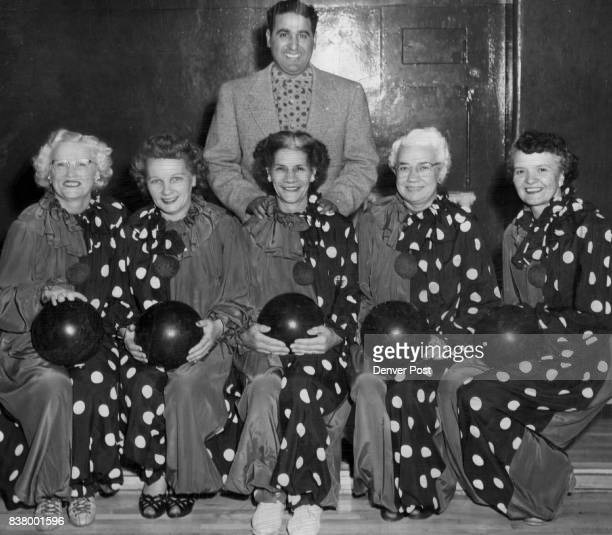 To Complete in World Meet Pagliacci's women's bowling team of Denver will complete in the Women's International Bowling Congress next week in St...