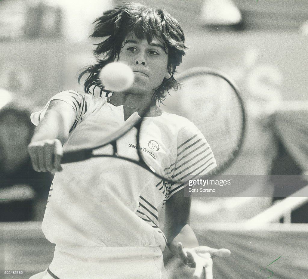 To her backhand Gabriela Sabatini a 15 year old Argentinian