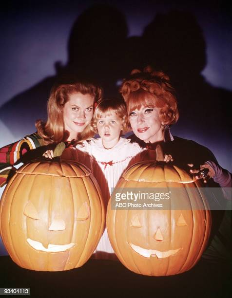 BEWITCHED 'To Trick or Treat or Not to Trick or Treat' Season Six 10/30/69 Endora Tabitha and Samantha celebrated Halloween