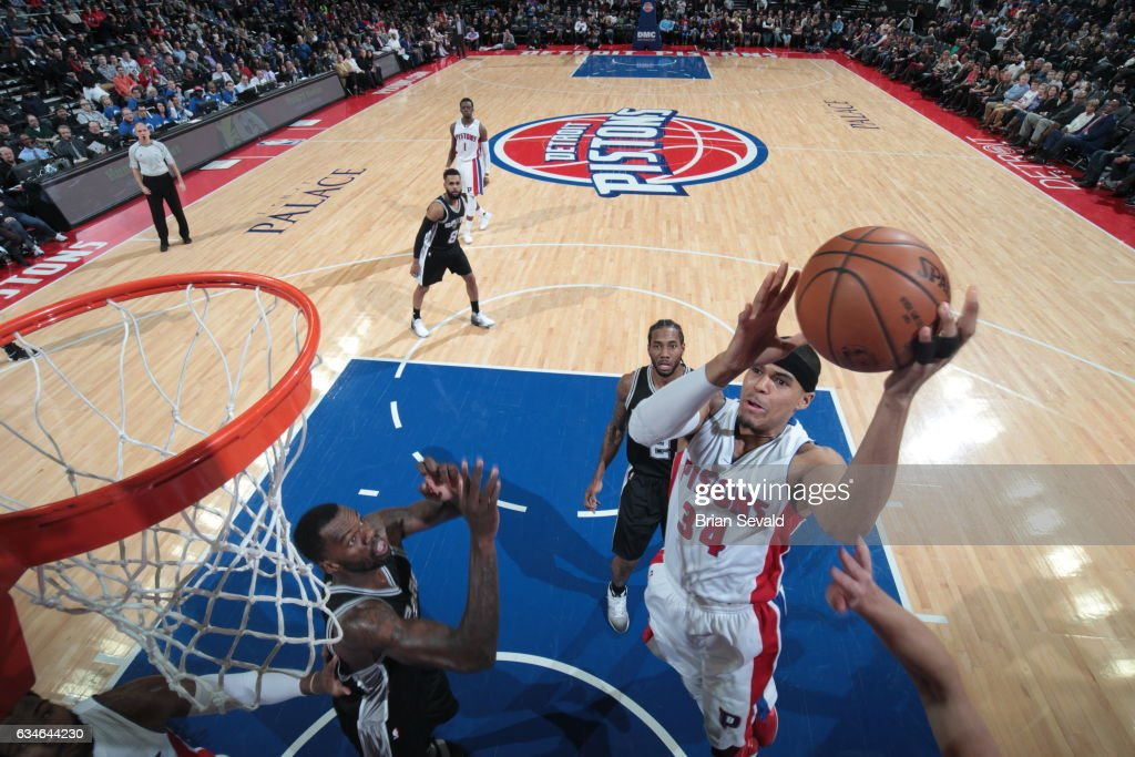 Tobias Harris #34 of the Detroit Pistons shoots the ballagainst the San Antonio Spurs on February 10, 2017 at The Palace of Auburn Hills in Auburn Hills, Michigan.