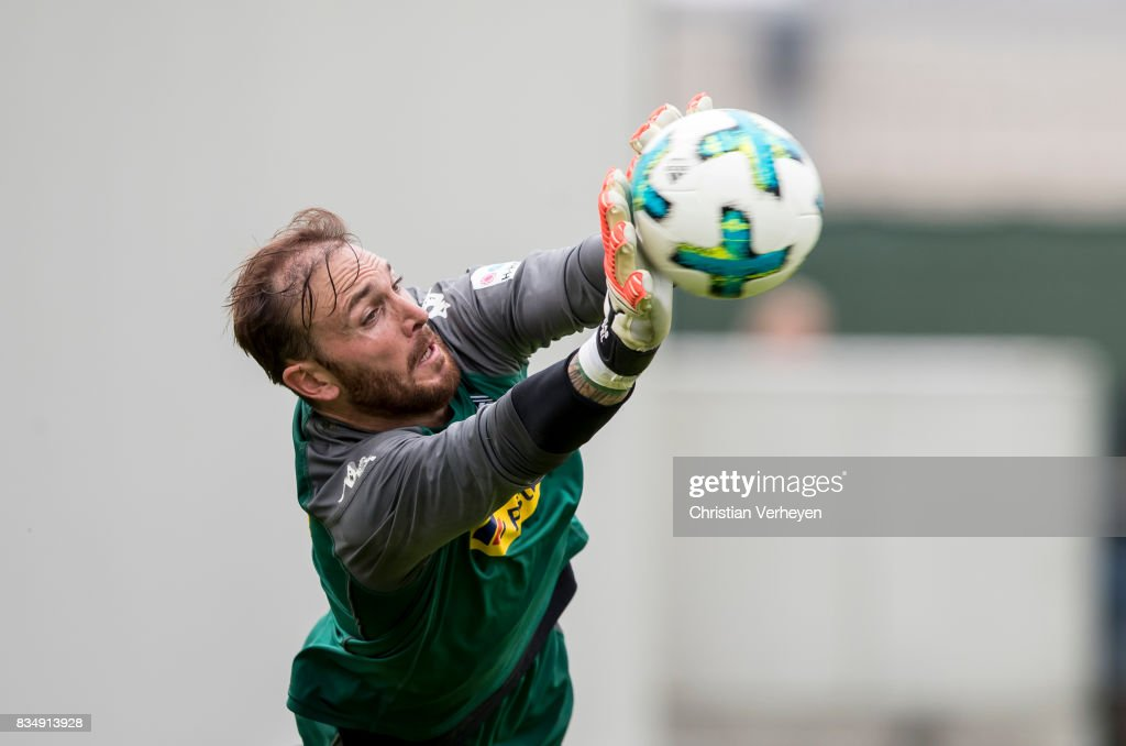 Tobias Sippel during the training session of Borussia Moenchengladbach at Borussia-Park on August 18, 2017 in Moenchengladbach, Germany.