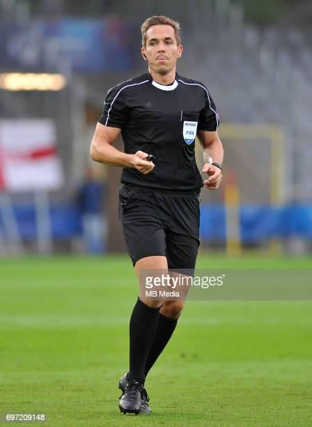 Tobias Stieler during the UEFA European Under21 match between Sweden and England at Kolporter Arena on June 16 2017 in Kielce Poland