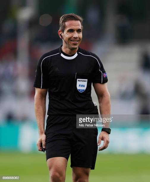 Tobias Stieler referee during the UEFA European Under21 Championship match between Sweden and England at Arena Kielce on June 16 2017 in Kielce Poland