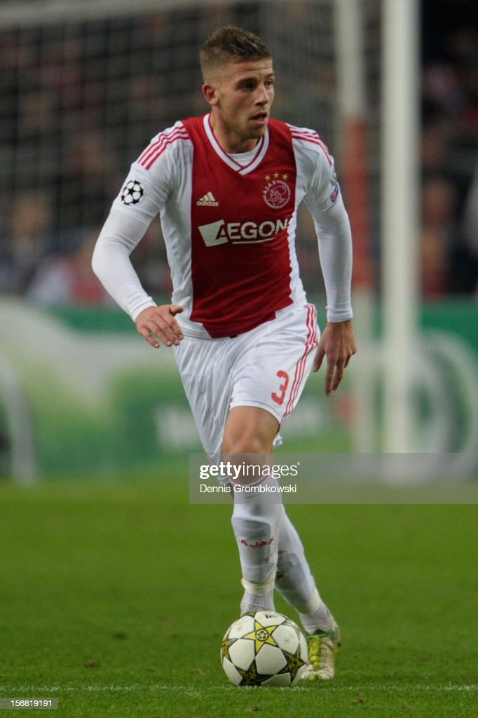 Toby Alderweireld of Amsterdam controls the ball during the UEFA Champions League Group D match between Ajax Amsterdam and Borussia Dortmund at Amsterdam Arena on November 21, 2012 in Amsterdam, Netherlands.