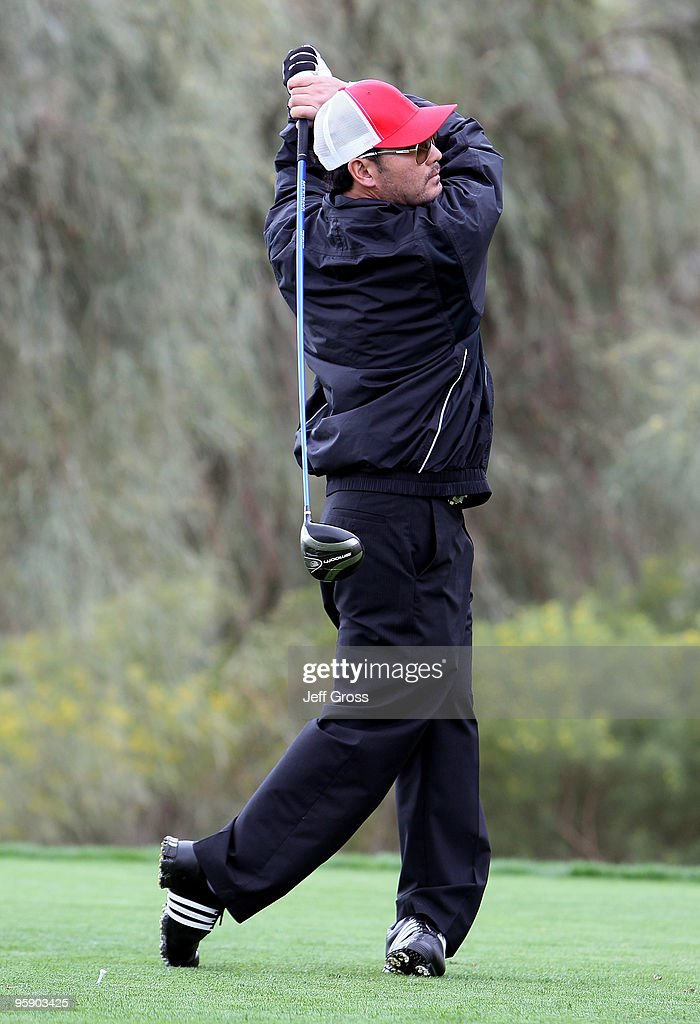 <a gi-track='captionPersonalityLinkClicked' href=/galleries/search?phrase=Toby+Dawson&family=editorial&specificpeople=709127 ng-click='$event.stopPropagation()'>Toby Dawson</a> hits a tee shot on the 11th hole during the first round of the Bob Hope Classic at the Silver Rock Resort on January 20, 2010 in La Quinta, California.