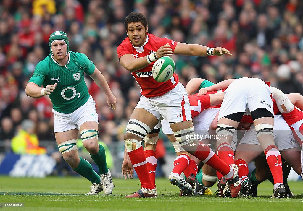 <a gi-track='captionPersonalityLinkClicked' href=/galleries/search?phrase=Toby+Faletau&family=editorial&specificpeople=6522513 ng-click='$event.stopPropagation()'>Toby Faletau</a> of Wales passes the ball during the RBS Six Nations match between Ireland and Wales at the Aviva Stadium on February 5, 2012 in Dublin, Ireland