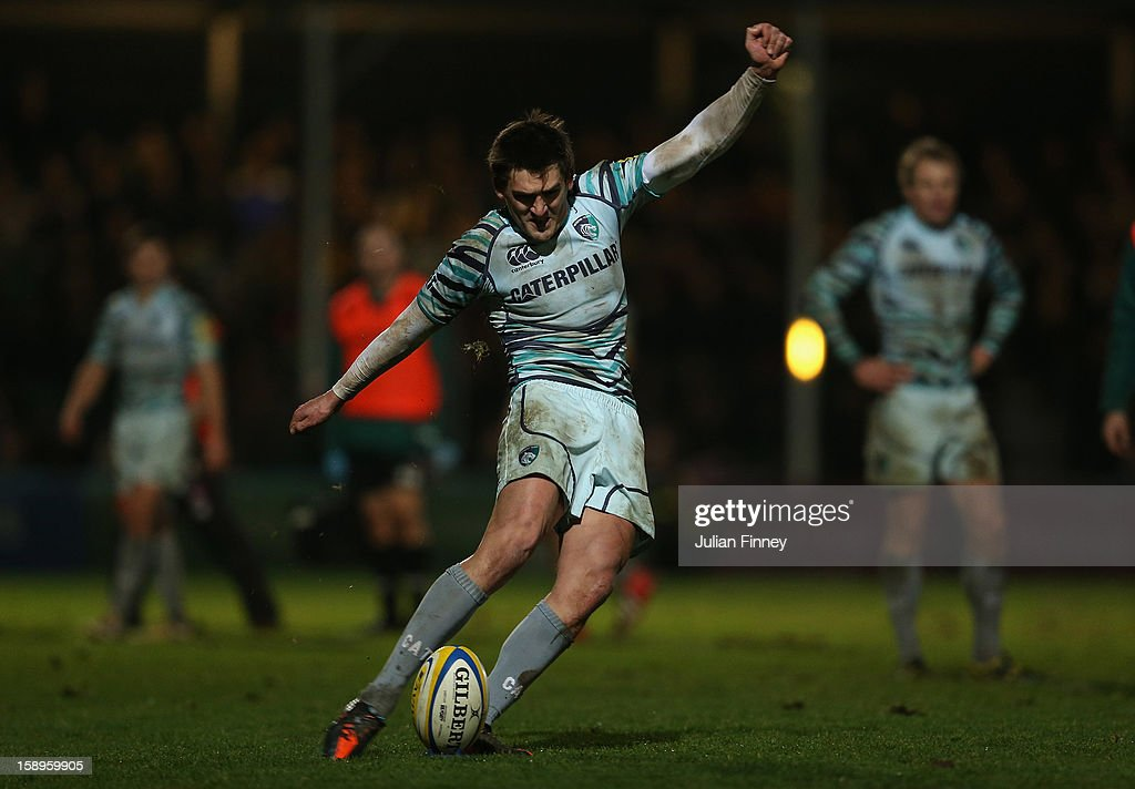 <a gi-track='captionPersonalityLinkClicked' href=/galleries/search?phrase=Toby+Flood&family=editorial&specificpeople=551191 ng-click='$event.stopPropagation()'>Toby Flood</a> of Leicester Tigers kicks a conversion during the Aviva Premiership match between Worcester Warriors and Leicester Tigers at Sixways Stadium on January 4, 2013 in Worcester, England.
