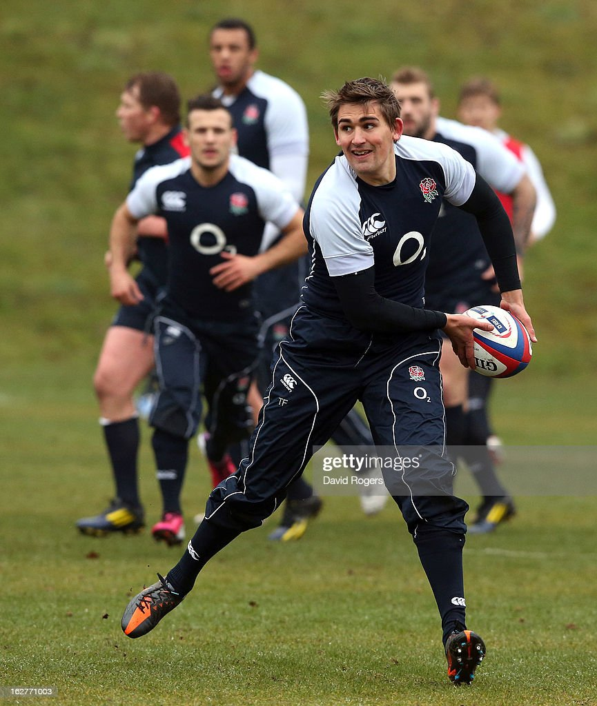 <a gi-track='captionPersonalityLinkClicked' href=/galleries/search?phrase=Toby+Flood&family=editorial&specificpeople=551191 ng-click='$event.stopPropagation()'>Toby Flood</a> passes the ball during the England training session held at Pennyhill Park on February 26, 2013 in Bagshot, England.