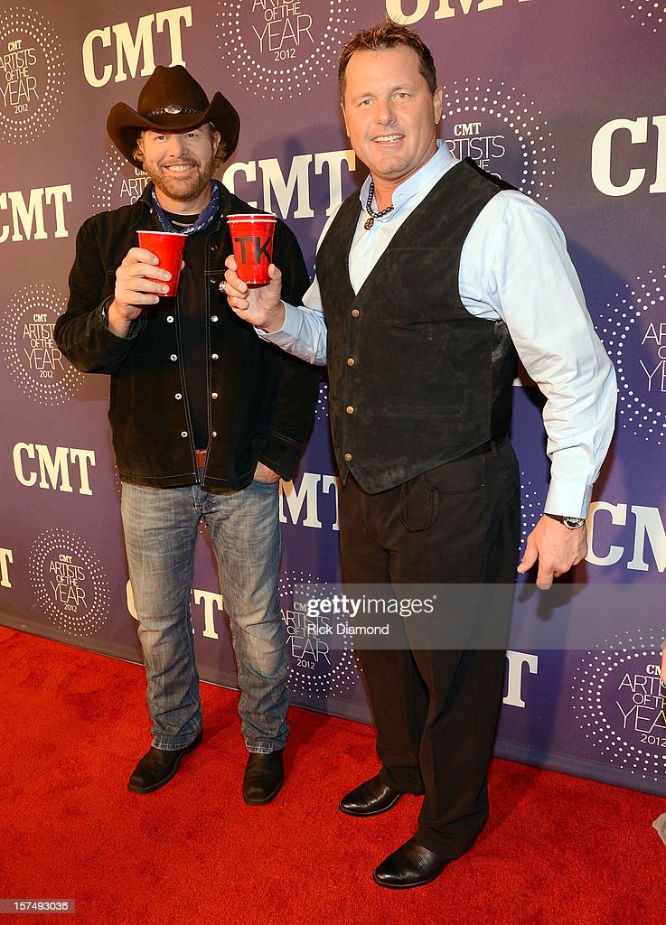 Toby Keith and Roger Clemens attend 2012 CMT Artists Of The Year at The Factory at Franklin on December 3, 2012 in Franklin, Tennessee.