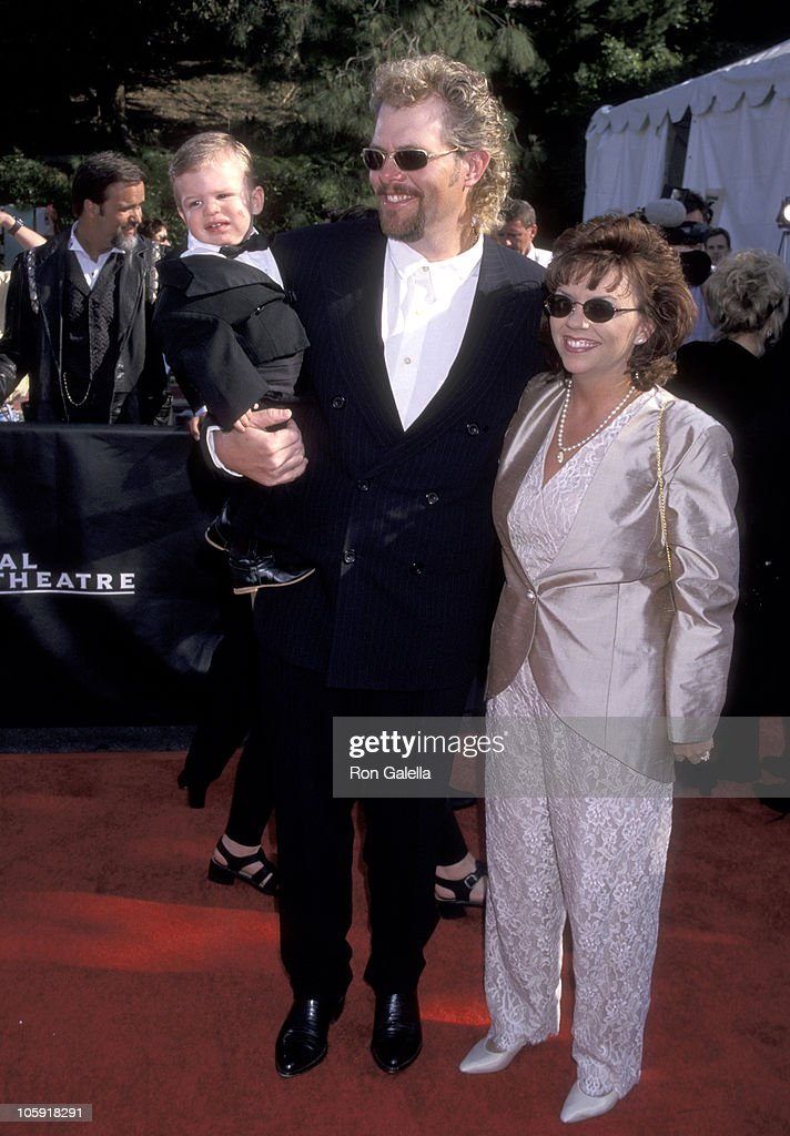 Toby Keith, wife Tricia Covel, and son Stelen Covel
