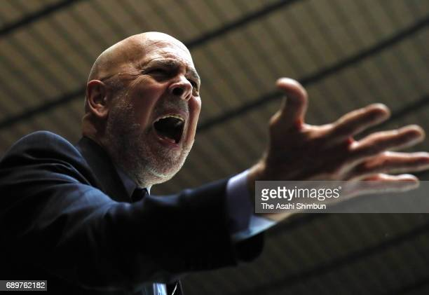 Tochigi Brex head coach Thomas Wisman shouts during the B League Championship final match between Kawasaki Brave Thunders and Tochigi Brex at Yoyogi...