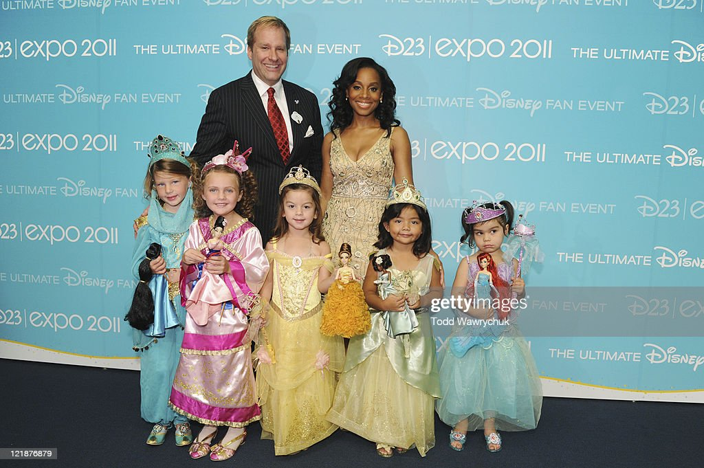 D23 EXPO - AUGUST 19 - Today at the D23 Expo in Anaheim, Calif., Disney Store debuted its Princess Designer Doll collection in a private ceremony prior to the Legends of Disney Awards. The honorees, whose voices brought to life many of the modern-day Disney Princesses, were presented with one of the dolls by a child dressed up as the princess they honored. Honorees included Jodi Benson (Ariel from The Little Mermaid), Paige O'Hara (Belle from Beauty and the Beast), Lea Salonga (singing voices of Jasmine from Aladdin and Mulan from Mulan), Linda Larkin (speaking voice of Jasmine from Aladdin), and Anika Noni Rose (Princess Tiana from The Princess and the Frog). (Photo by Todd Wawrychuk/Disney Channel via Getty Images)JIM