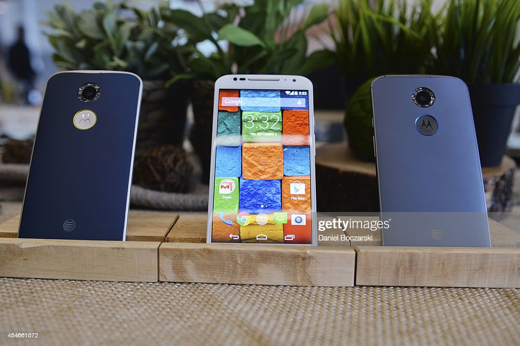 Today Motorola announced the new Moto X and G Moto Hint and Moto 360 by opening its headquarters for media to meet the engineers and designers...