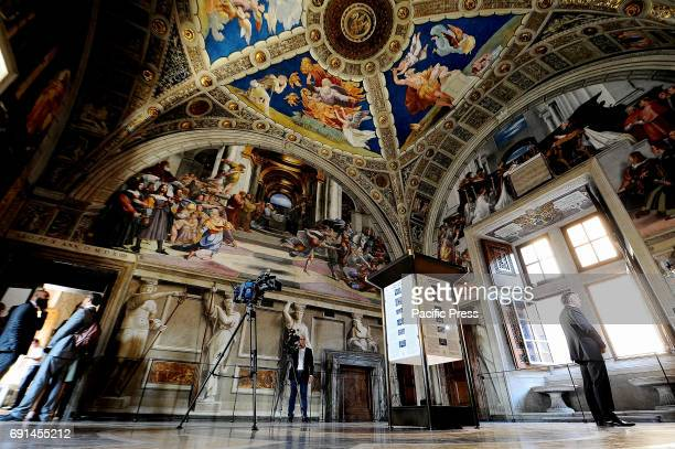 Today the Vatican Museums have been inaugurated by the new lighting of the four rooms of Raffaello Osram the leading lighting company has been able...