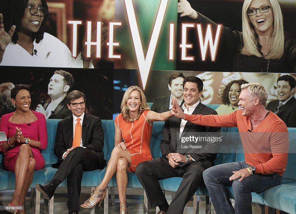 THE VIEW - (10.10.13) Today's guest co-host Giuliana Rancic. Guests include the cast of ABCs 'Good Morning America' and musician John Legend.. 'The View' airs Monday-Friday (11:00 am-12:00 pm, ET) on the ABC Television Network. CHAMPION