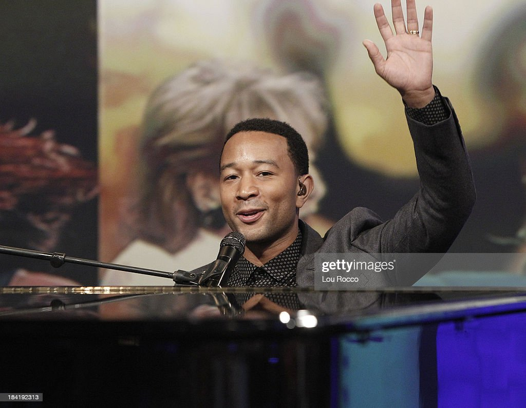 THE VIEW - (10.10.13) Today's guest co-host Giuliana Rancic. Guests include the cast of ABCs 'Good Morning America' and musician John Legend.. 'The View' airs Monday-Friday (11:00 am-12:00 pm, ET) on the ABC Television Network. LEGEND