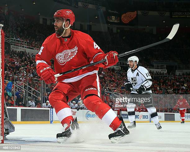 Todd Bertuzzi of the Detroit Red Wings follows the play against the Los Angeles Kings during an NHL game on January 18 2014 at Joe Louis Arena in...
