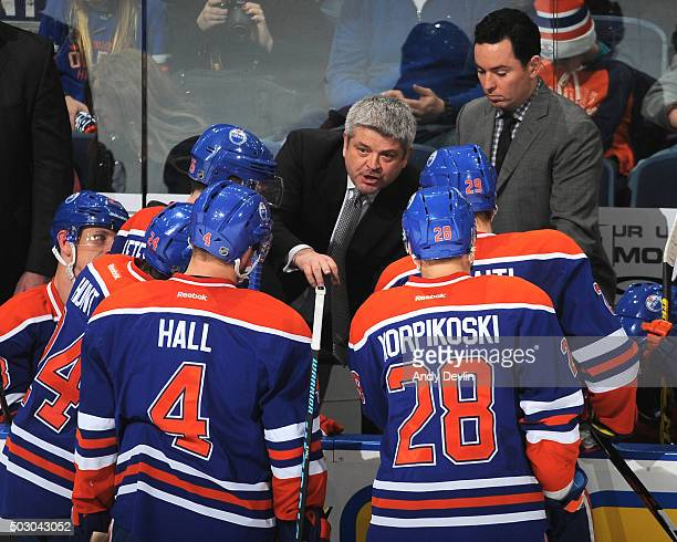 Todd McLellan of the Edmonton Oilers discusses play near the end of the game against the Anaheim Ducks on December 31 2015 at Rexall Place in...