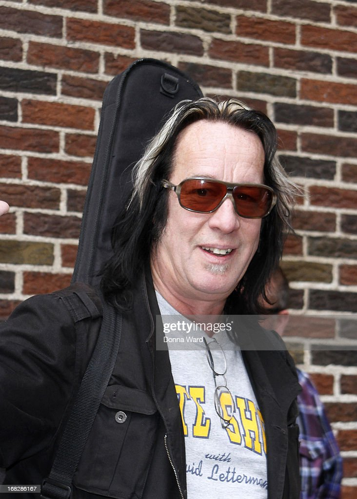 <a gi-track='captionPersonalityLinkClicked' href=/galleries/search?phrase=Todd+Rundgren&family=editorial&specificpeople=669124 ng-click='$event.stopPropagation()'>Todd Rundgren</a> arrives for the 'Late Show with David Letterman' at Ed Sullivan Theater on May 7, 2013 in New York City.