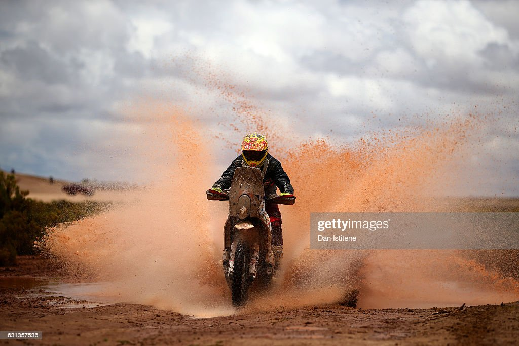 Todd Smith of Australia and KTM rides a 450 RR KTM bike in the Classe 2.1 : Super Production during stage seven of the 2017 Dakar Rally between La Paz and Uyuni on January 9, 2017 at an unspecified location in Bolivia.