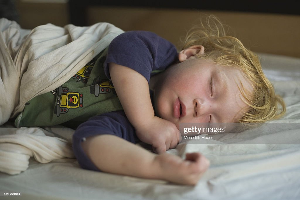 toddler sleeps : Stock Photo