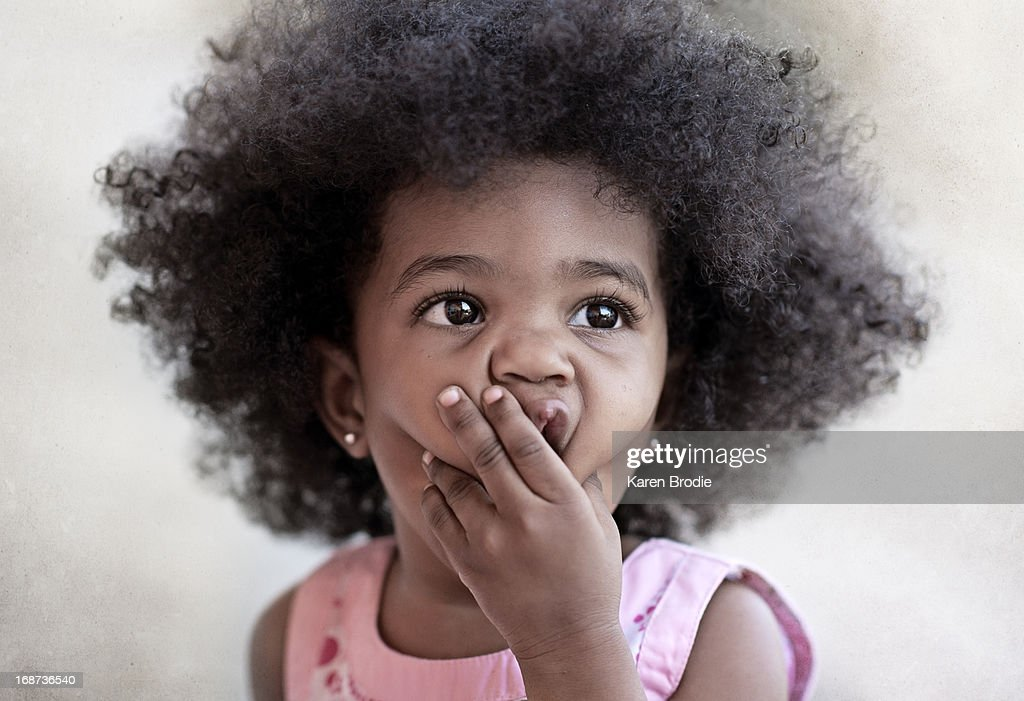 ���� ���� ������� ..... ���� toddler-with-afro-making-a-surprised-face-picture-id168736540
