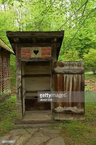 Toilette Graftenhof Lippischwestfaelisches Landesmuseum fuer Volkskunde Detmold NordrheinWestfalen Deutschland / westfälisches für