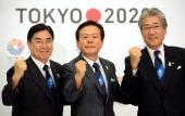 Tokyo Governor Naoki Inose Japanese Olympic Committee President Tsunekazu Takeda and Tokyo 2020 Bid Committee CEO Masato Mizuno pose during a photo...